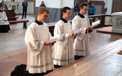 Szerzetesi fogadalomtétel a Krisztus Légiója Kongregációban